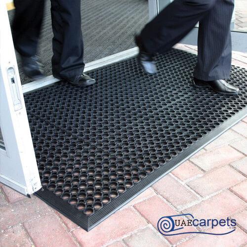 non slip drainage mats